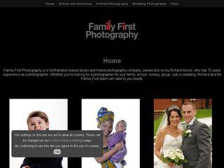 FamilyFirstPhotography_Desktop.jpg
